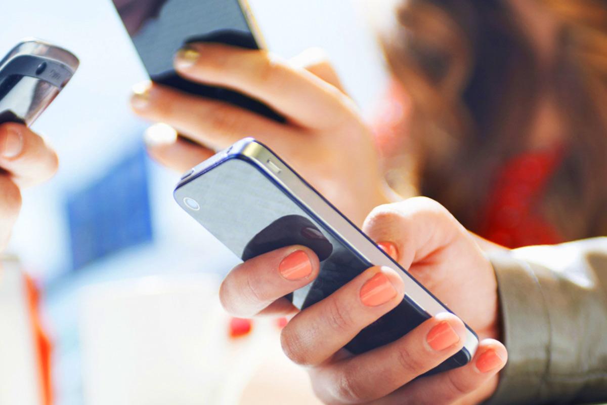 В Казахстане нужно будет регистрировать телефоны